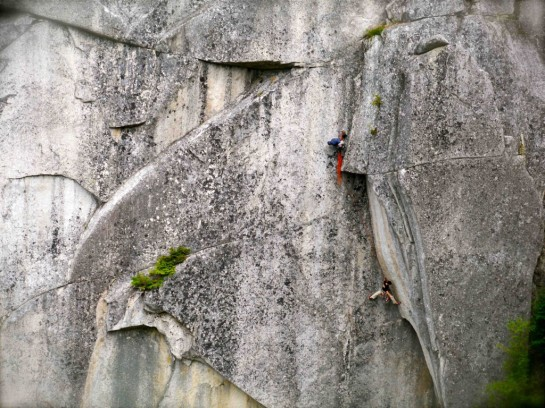 Milking a pseudo-rest on the Masher Crack.